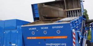 Saugbagger_Kippvorgang